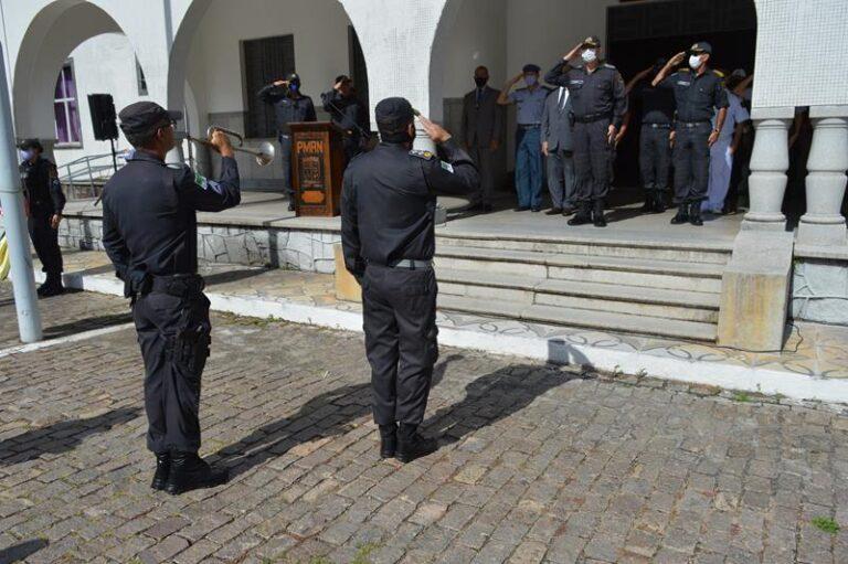 Covid: RN começa a vacinar forças de segurança; veja locais e prioridades