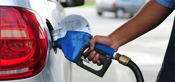 Deputados já gastaram R$ 27 mi em combustível; PT é maioria na gastança
