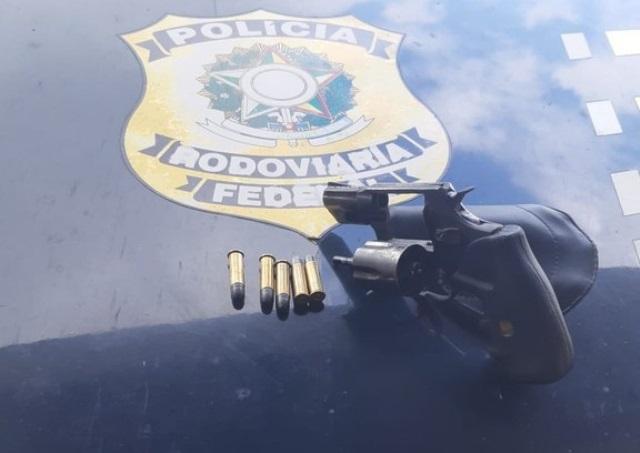 Homem é preso por porte ilegal de arma de fogo em Goianinha/RN
