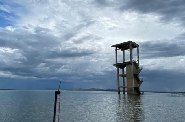 Maior reservatório do RN recebe aporte hídrico e acumula 53% da capacidade