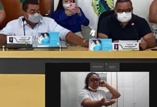 Vereadora eleita pelo PT presa por chacina toma posse dentro de presídio no Ceará