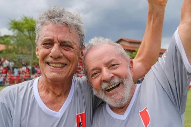 Lula, Chico Buarque, Gleisi e Wagner Moura assinam carta contra 'embargo' de Biden à Cuba