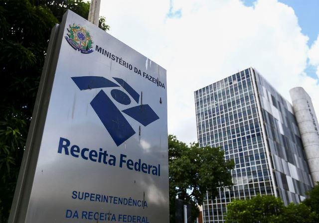 Receita Federal libera consulta a terceiro lote de restituição do Imposto de Renda