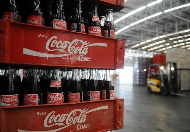 Jovem toma 1,5 litro de Coca-Cola em 10 minutos e morre, entenda