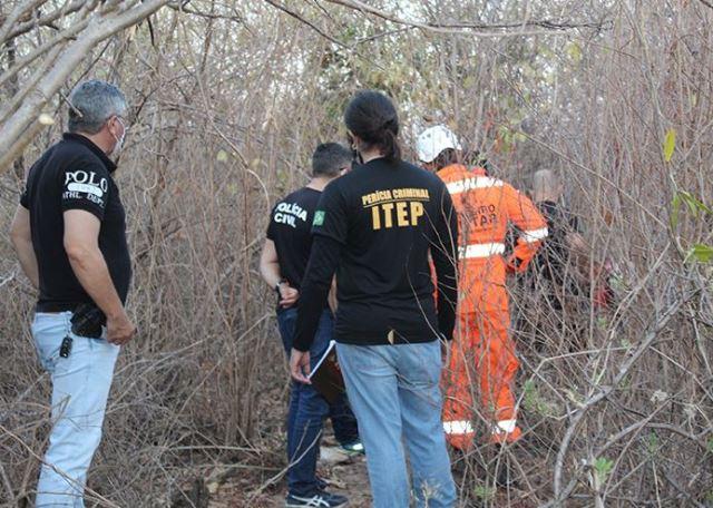 Corpo de mulher é encontrado em cova rasa em Mossoró; 9 suspeitos do assassinato são presos